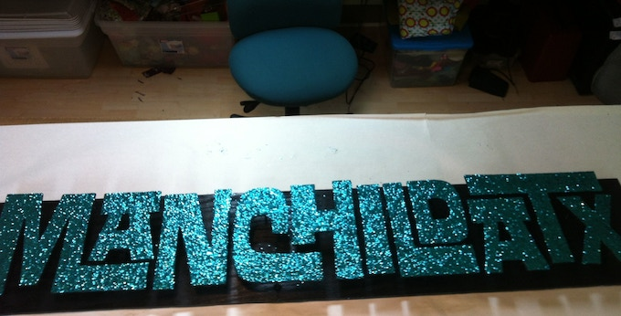 You can even get the sign we made for the photo shoot as a reward. Glitter!
