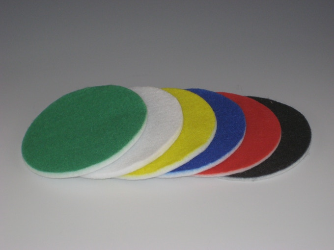You can also choose any solid color for an absorbent pad.