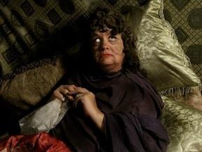 Alan Rowe Kelly as Peggy Lamar - the sick aged silent film star.