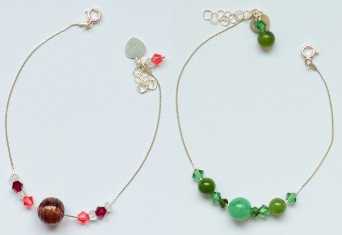 Sample of 9 Bead Bracelets in Red (Rainbow Moonstone, Morano Glass and Crystal) and in Green (Tourmaline, Jade, Green Quartz and Crystal)