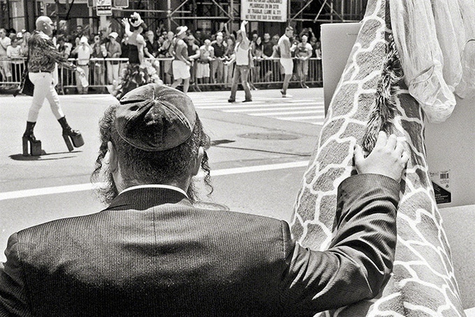Orthodox Giraffe, New York City, 2012 (pg 25)