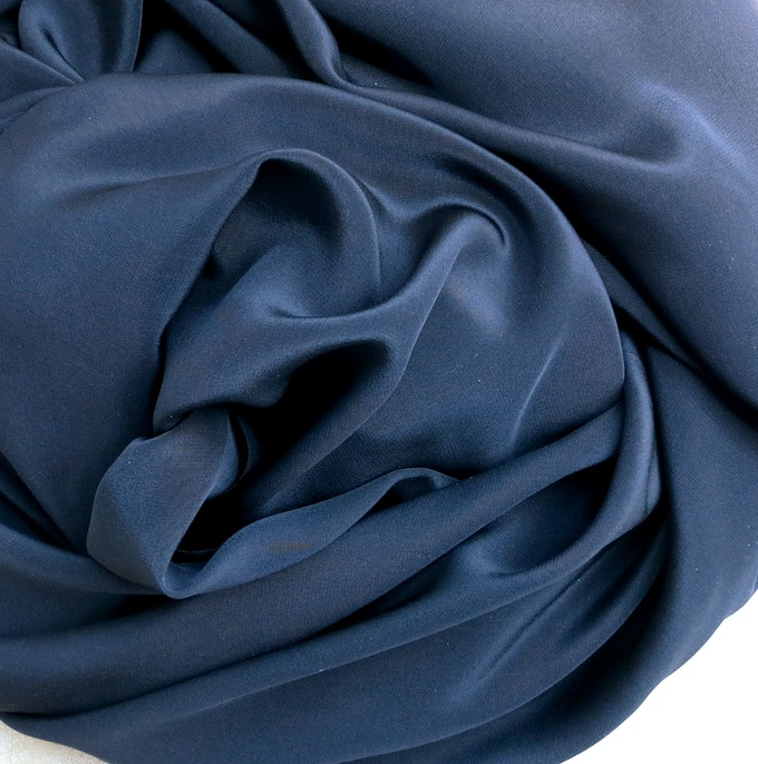 Silk Crepe-de-Chine in Navy