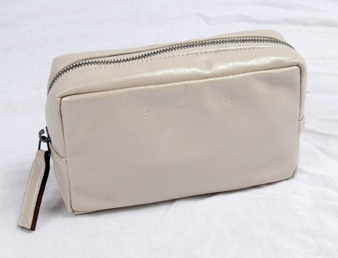 Lyndsey - small lambskin cosmetic case