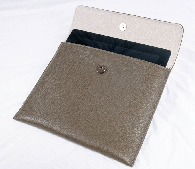 Jensen - cowhide iPad case with flap, magnet closure and contrasting lining..