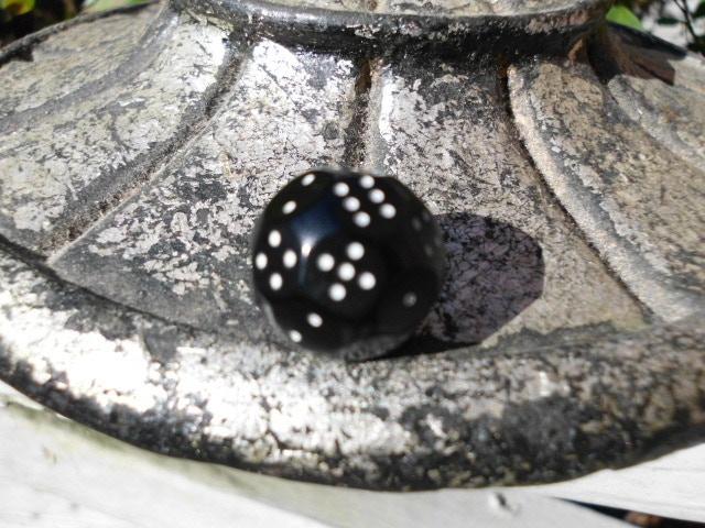 Anodized Black d(4x6) Atomic Dice