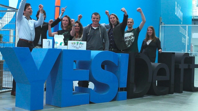 Frebble team + YES!Delft