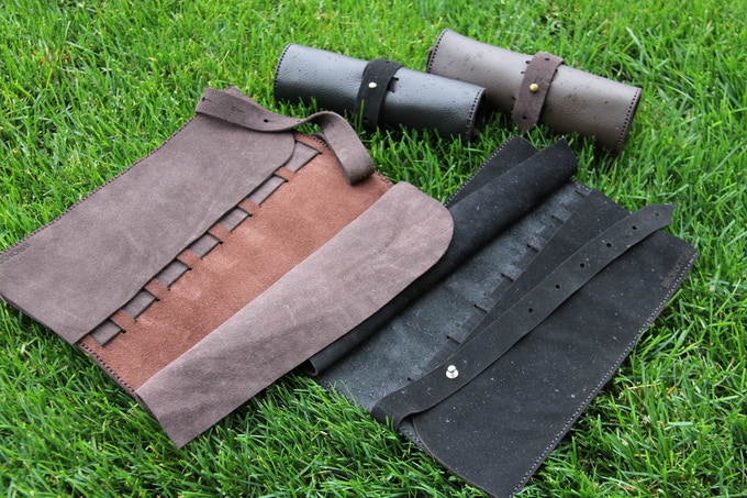 Available in Black and Tan Predator (Brown)