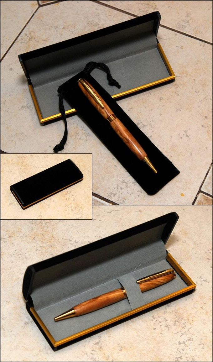 Every pen will come with a velvet pouch and this presentation box!