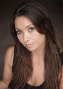 Lucinda Rhodes [Click for Showreel]