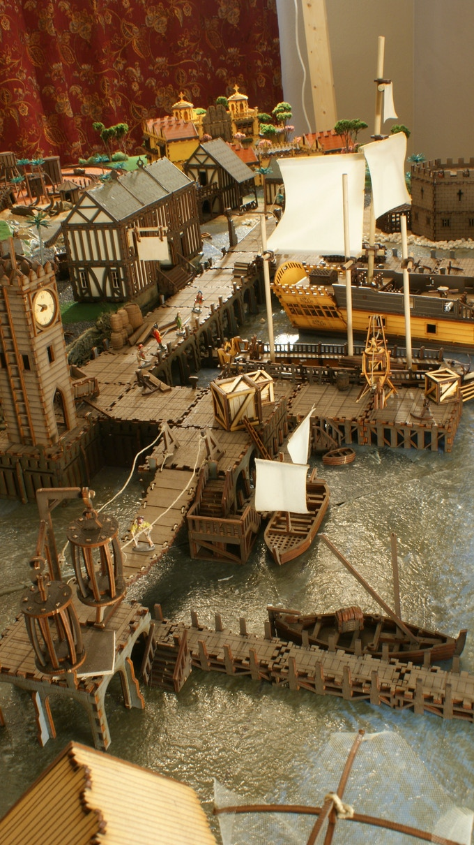"""Aside from the vegetation and the figurines, our diorama has only models from our range of kits - built """"out of the box""""."""