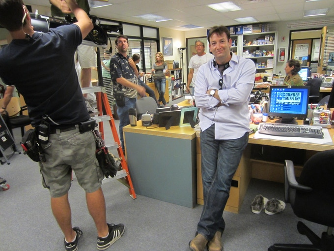 """JUST ANOTHER DAY AT THE OFFICE: Director DAVID ROGERS on the set of NBC'S """"The Office."""""""