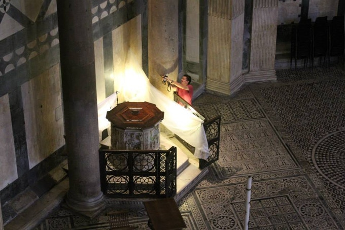 Vid imaging the font of the Baptistery of St. John in Florence.
