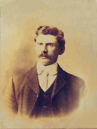 Albert Watkins, the original Colonel Mustard