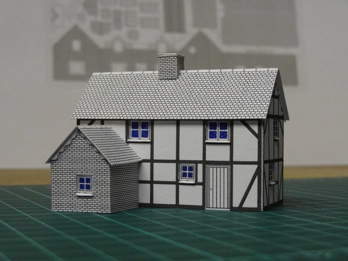 Kit 2 : a half-timbered house - back
