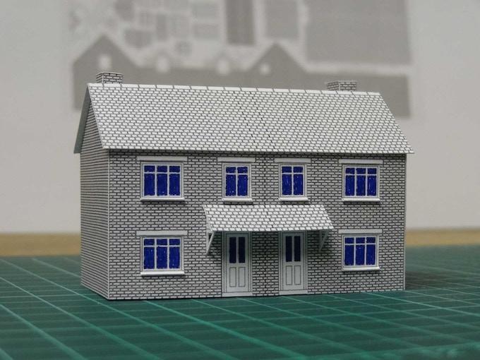 Kit 7 : semi-detached pair - front