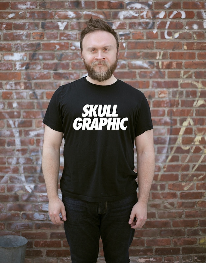 my big brother Borge wears the basic SKULL GRAPHIC tee. He GETS it.