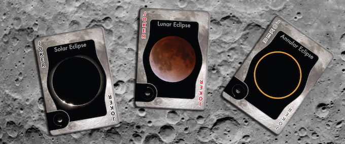The deck includes three jokers. One shows a total solar eclipse, the second a lunar eclipse, and the third an annular eclipse. Unlike the main images on the indexed cards, the eclipse images are photographs taken by expert astro-photographers.