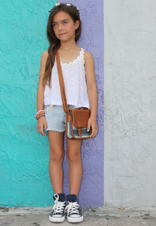 Miami's youngest fashion blogger, @thepetitepoet, with the Mini satchel