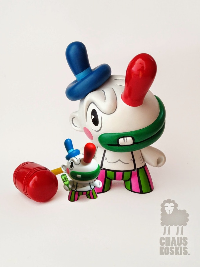 Walter Jacott aka Chauskoskis was Artist of the Year for the Designer Toy Awards in 2012 by Clutter Magazine. His customs are loved by many and has previously created the Birro Dunny made by Kidrobot. Check out his work at Chauskoskis.bigcartel.com