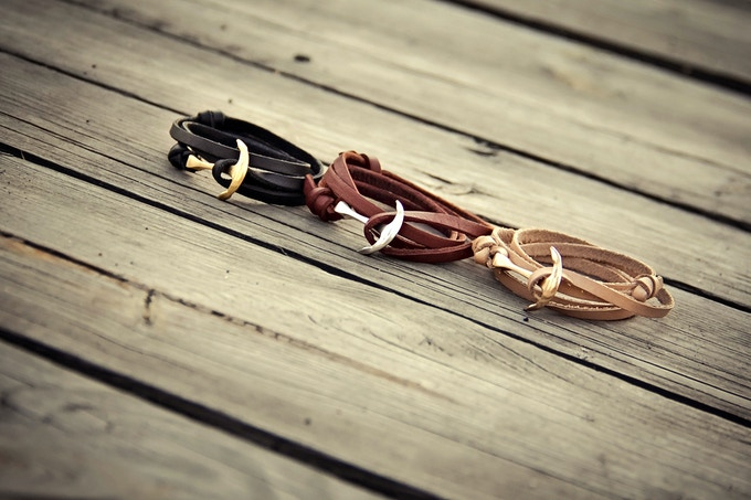 Black with gold anchor, brown with silver and beige with rose gold anchor