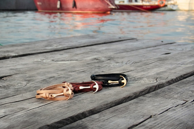 Beige with rose gold anchor, brown with silver and black with gold anchor