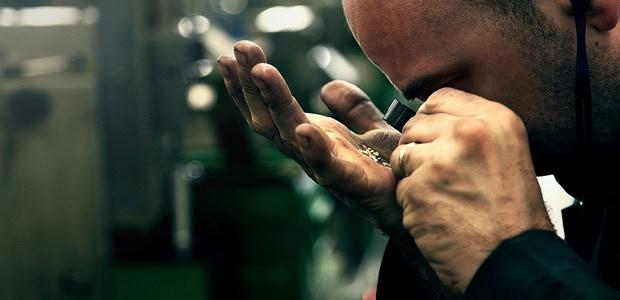 Precision zipper manufacturing at Raccagni, Italy