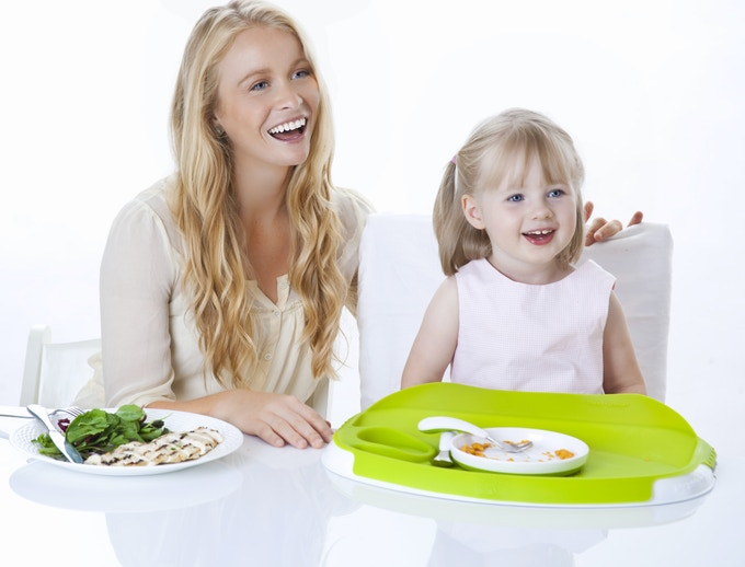 Award winning 4.5 star Tidy Table Tray brings little ones to the family table.