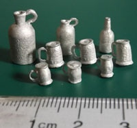 Pack of 2x Flagons, 1 x Bottle, 3 Large Tankards & 3 Small tankards