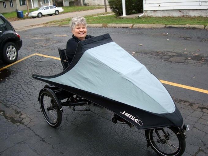 Kathy Greewood riding her HASE Lepus Comfort