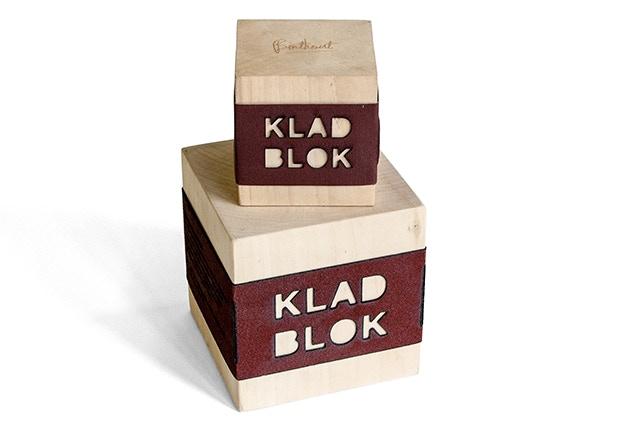 En speciaal voor de directeuren, grote bazen en belangrijke mensen hebben we Kladblok XXL.