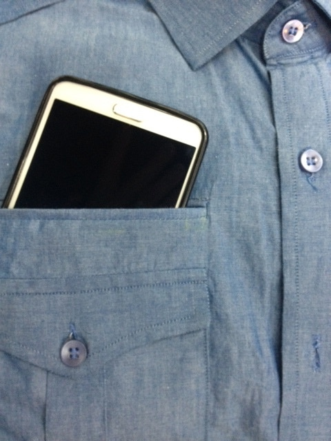 Dress Tech Clothing Smartphone Pocket And Earbud