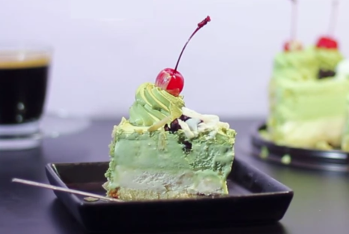 Make ice cream cakes - as many layers in any flavors or colors as you like!