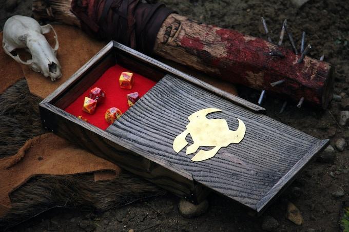 White Ash, Ebony finish, red felt, Helm symbol. Vicious Club of Maiming not included.