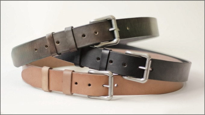 8e77a9c43 In my opinion you only need three colors of belts and you are covered.  Black when you wear black leather shoes. Dark brown when you wear dark  brown leather ...