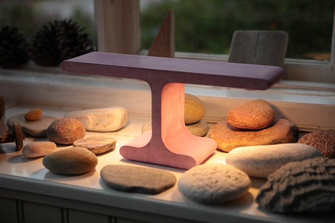 Pink T extrude lamp