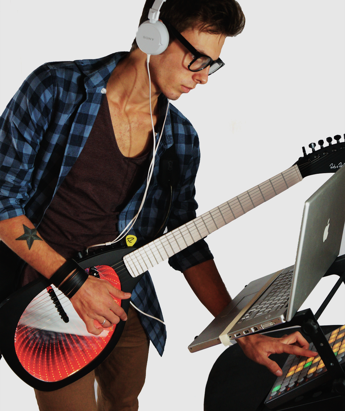 expressiv midi guitar real midi real guitar real control by rob o 39 reilly kickstarter. Black Bedroom Furniture Sets. Home Design Ideas