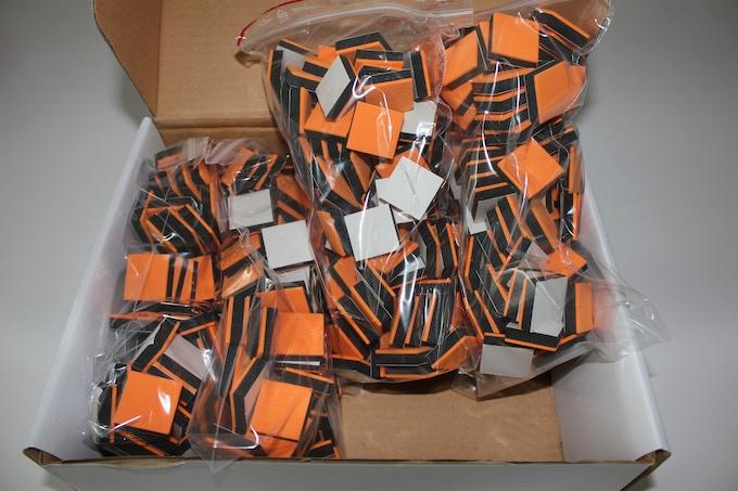 Wallz single color 400 cubes box, seen here in orange.