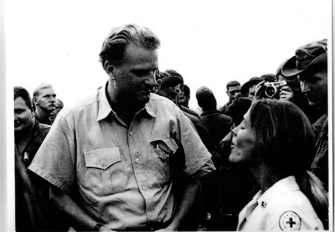 Dorset Hoogland Anderson with Billy Graham in Vietnam