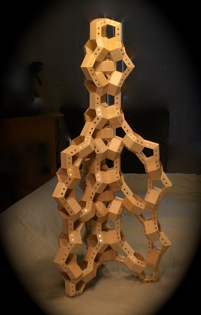 Model tower constructed with 360 HexTetra FACETS