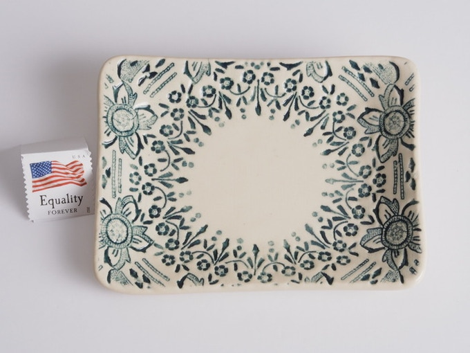 "Reward #1 - Small 4"" x 3"" Lace Dish (above) - $13 + Shipping"