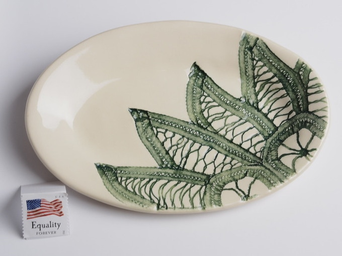 "Reward #6 - Small oval dish 6"" x 4"" (above) - $21 + Shipping"