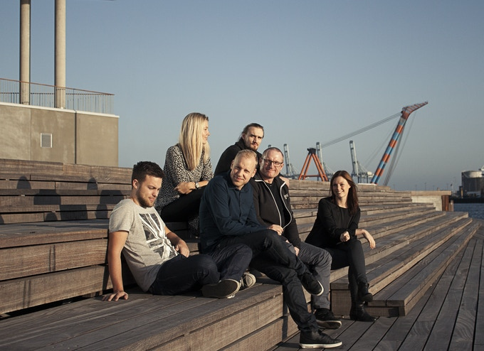Meet Project-Bracket. From Left to Right: Dannie, Louise, Esben, Hannibal, Michael and Alexandra
