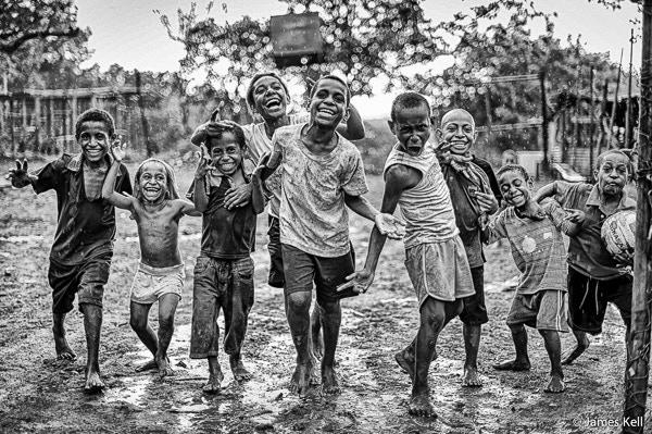 Kids in PNG (image: James Kell)