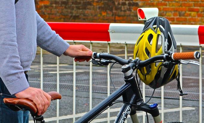 Helmet secure, hands free