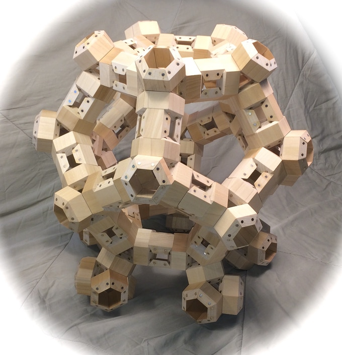 Model constructed with 660 HexTetra FACETS