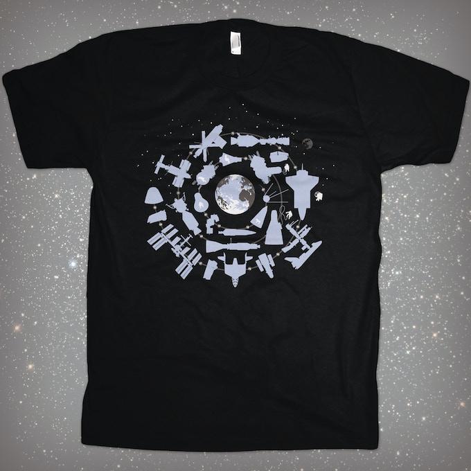 Tshirt: Above Earth