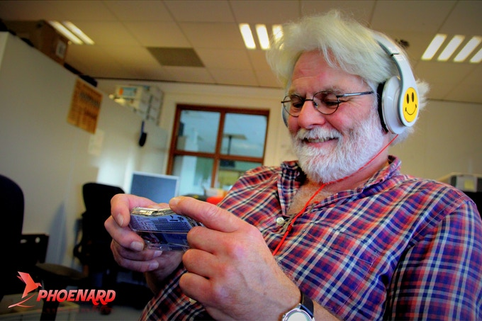 Listen to your favourite music with Phoenard