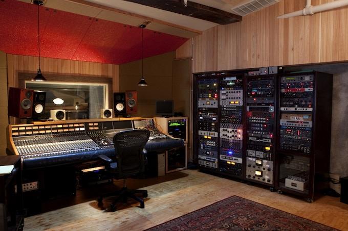 Control room at Flora.