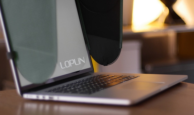 "The Loplin hood with a 15"" Macbook Pro Retina®"