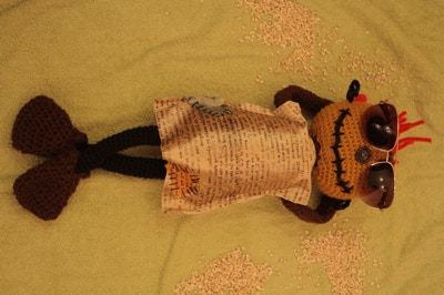 Scarecrows knitted doll2